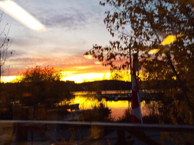 写真:イエローナイフの夕焼け