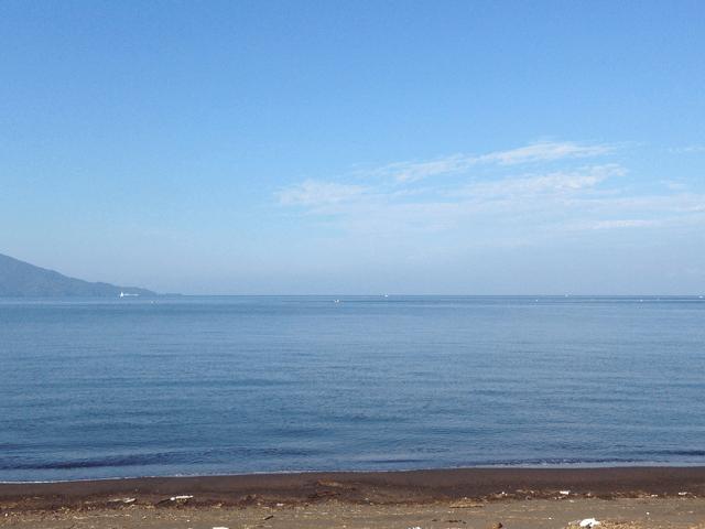島郷海岸から見た朝の駿河湾
